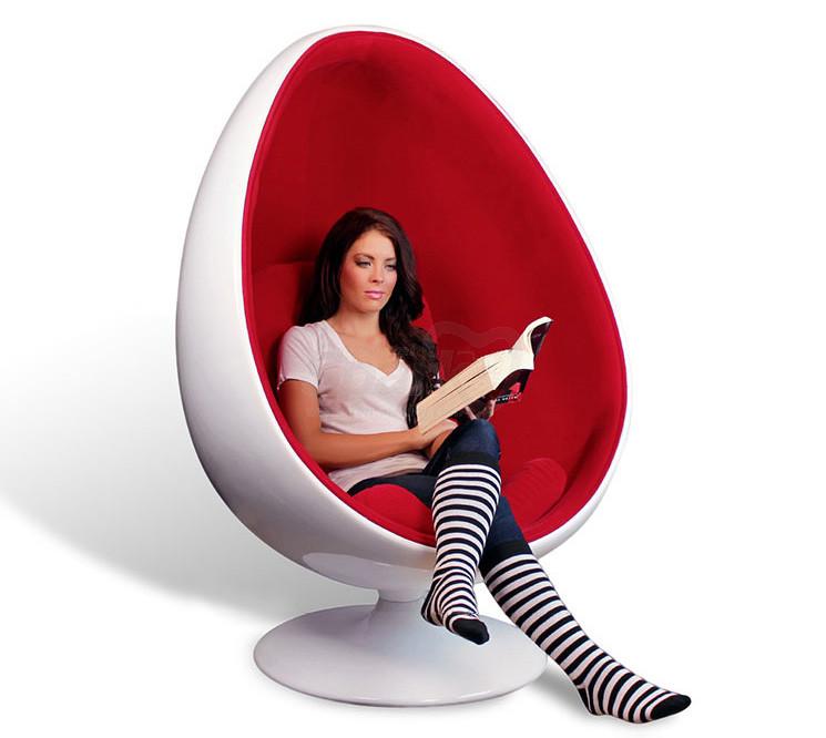 Oval Fiberglass Eyeball Bubble Chair Stylish Simplicity